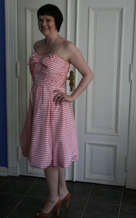 guri pink dress